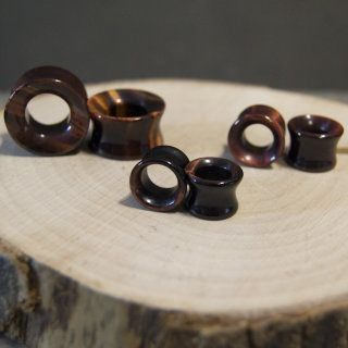 Red Tigers Eye Eyelets